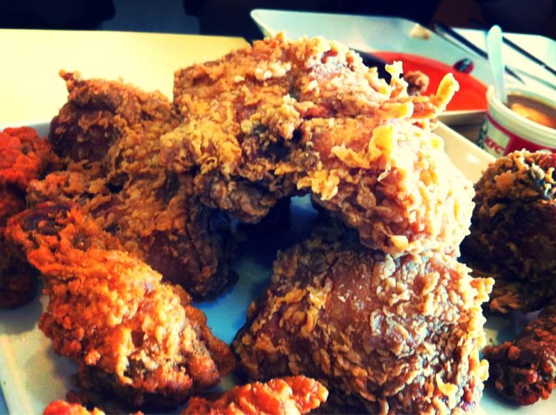 KFC !! ที่ ร้านอาหาร KFC โลตัสภูเก็ต
