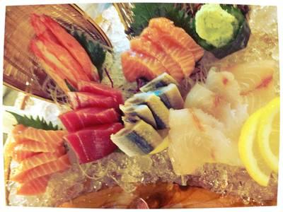 ซาชิมิเซ็ตเพียง 750 บาท สด อร่อยมากค่า ที่ ร้านอาหาร Nihon Sushi