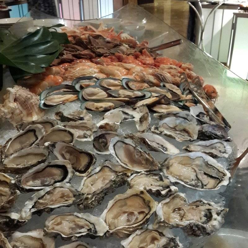 มุมอาหารทะเล ที่ ร้านอาหาร Orchid Cafe Sheraton Grande Sukhumvit Hotel