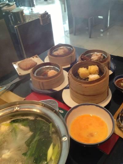 ร้านอาหาร MK Gold Restarants เอกมัย