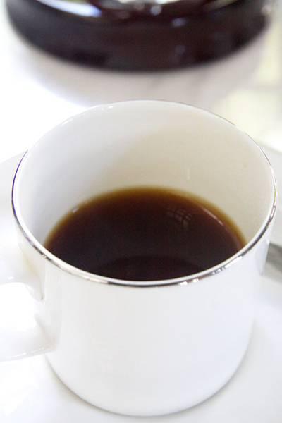 กาแฟขี้ช้างกลิ่นหอมแบบไม่ปวดหัว และรสชาติออกเปรี้ยวๆ ที่ ร้านอาหาร Cafe Cha โรงแรม เดอะ สยาม