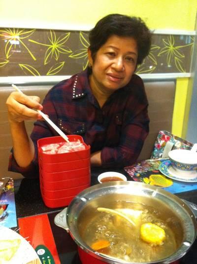 พี่สาว สปอนเซอร์มื้อนี้ค่ะ ที่ ร้านอาหาร MK SUKI โคลิเซียม พัทลุง