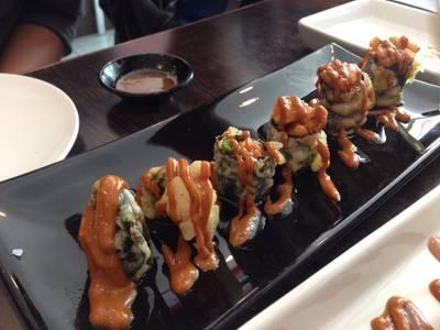 เมนูแนะนำ Crazy Crispy Salmon ที่ ร้านอาหาร Sushi House สาขา 1
