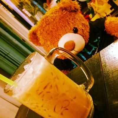 ชาเย็นกับน้องหมี ที่ ร้านอาหาร ครัวโบราณ