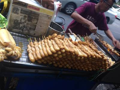 ร้านอาหาร ปลาหมึกย่าง (พจน์) ถนนดินสอ