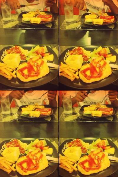 แฮมสเต็กเมนูอร่อย ที่ ร้านอาหาร Mobile Steak & Coffee