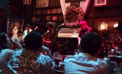 The Stage ที่ ร้านอาหาร Saxophone Pub & Restaurant