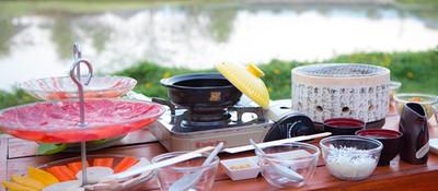 ล่องเรือกินลม ชมทะเลสาบ กินชาบู ปิ้งย่าง ที่ร้าน Nimmohouse