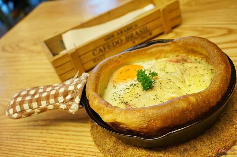 Ham, Cheese & Egg   ( 150 บาท ) ที่ ร้านอาหาร Panary Cafe