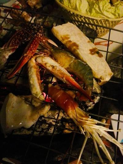 ร้านอาหาร กั๊ดฮิมมอ By R&j ม.แม่โจ้