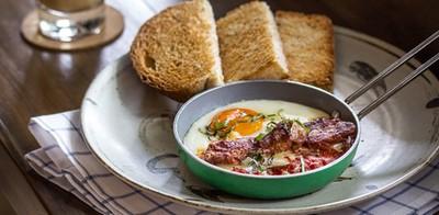 เติมพลังรับวันใหม่ กับสารพัดอาหารเช้า ที่ Tiny Cup ทองหล่อ 23