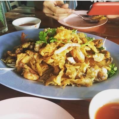 หอยทอดทะเล ที่ ร้านอาหาร เลิศรสโภชนา(วัดอุดม)