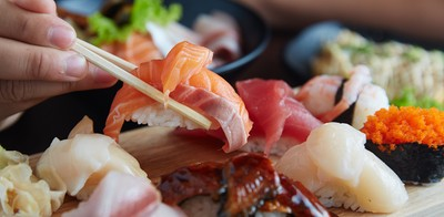 ฟินกำลัง 2! ซูชิทุกคำ จ่ายเงินสด ลด 30% ตลอดปี  ที่ Sushi-OO