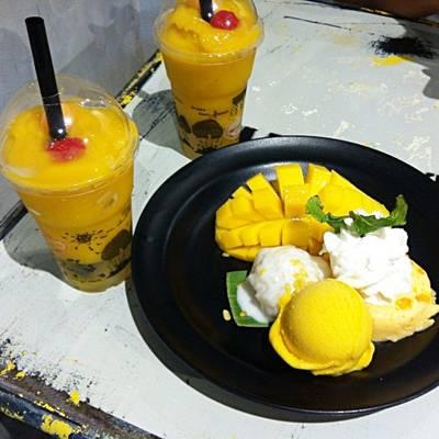 Mango Tango With Extra Sticky Rice กับ Mango Ska ที่ ร้านอาหาร Mango Tango สยามสแควร์
