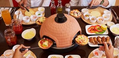 """สนุกสุดหรรษากับบุฟเฟ่ต์พิซซ่าวาไรตี้เพียง 279 บาทที่ """"Pizza Plaza""""[Ad]"""