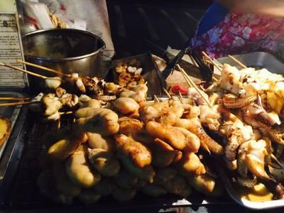 ไข่ปลาหมึกย่าง ที่ ร้านอาหาร ปลาหมึกย่าง (พจน์) ถนนดินสอ