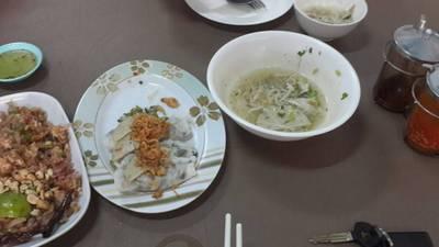 ร้านอาหาร เฝอ เวียงจันทร์ ช้างคลาน