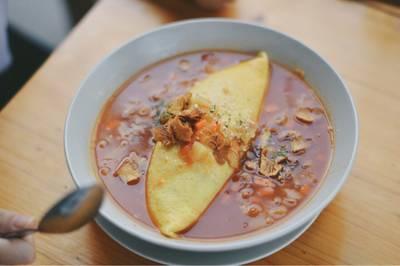 Minestrone Soup Omu 160.- ที่ ร้านอาหาร Omu Japanese omurice & cafe พาร์คเลน เอกมัย