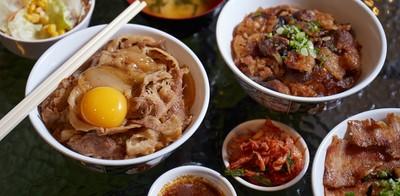 ฟินก่อนบิน! เติมพุงด้วยข้าวหน้าเนื้อหอมนุ่มลิ้นที่ Gyunoya ดอนเมือง