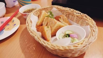 ปังหน้าหมูไข่กุ้ง ที่ ร้านอาหาร มานี มี หม้อ Nawamin City Avenue (Phase 2) เกษตร-นวมินทร์