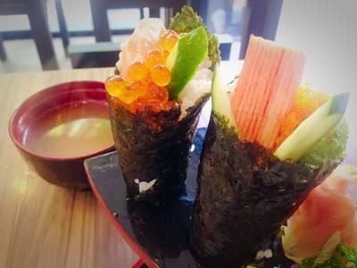 ร้านอาหาร Sakana Sushi & Sashimi