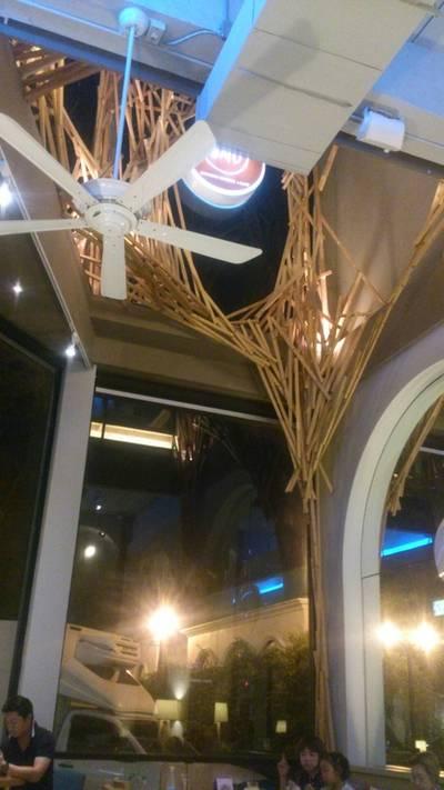 บรรยากาศร้าน ที่ ร้านอาหาร Omu Japanese omurice & cafe พาร์คเลน เอกมัย