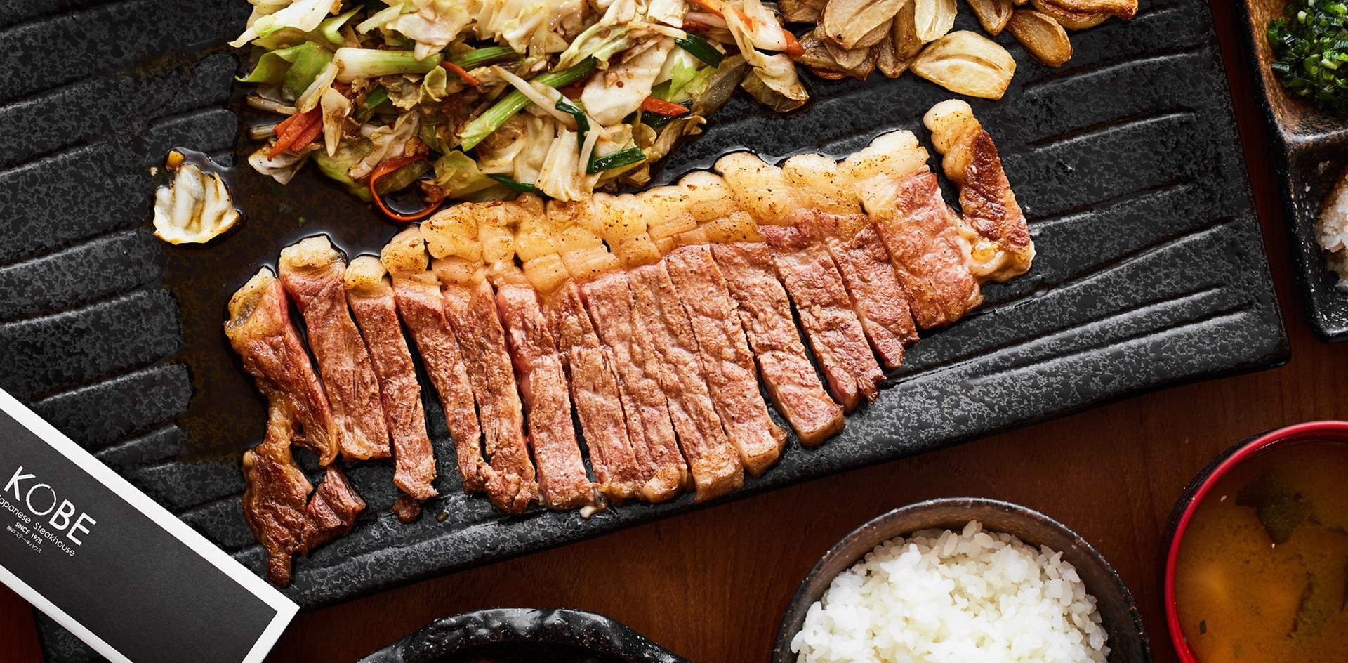 มหาชนฟิน! ตามรอยมื้อโปรดในวัยเรียนของบอย ปกรณ์ ที่ร้าน Kobe Steakhouse