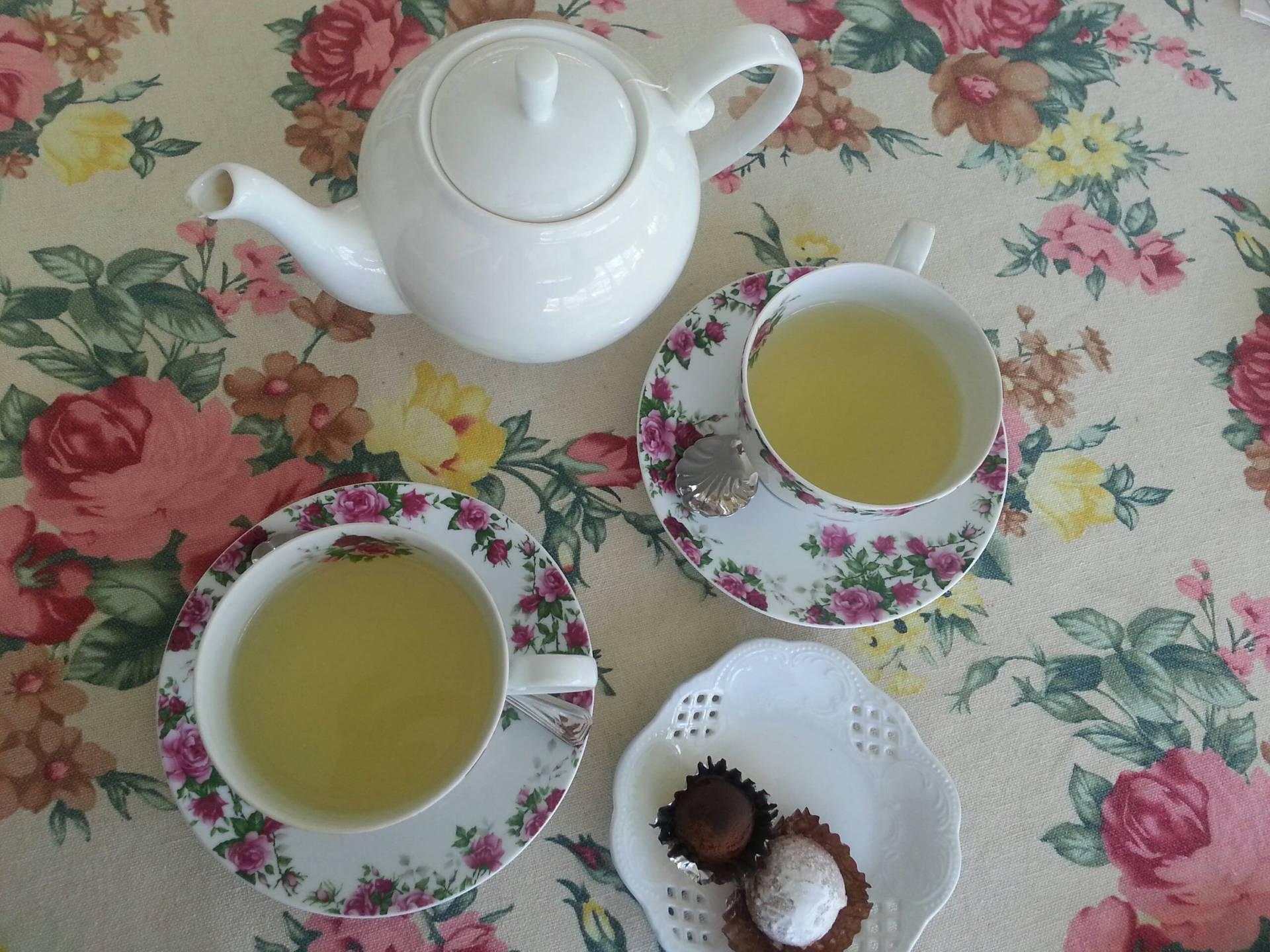 Camomile Tea • สวยงาม ที่ ร้านอาหาร Home Fresh Hydrofarm