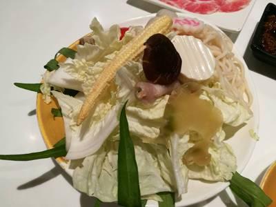 ชุดผักรวมมิตร ที่ ร้านอาหาร OK SHABU SHABU