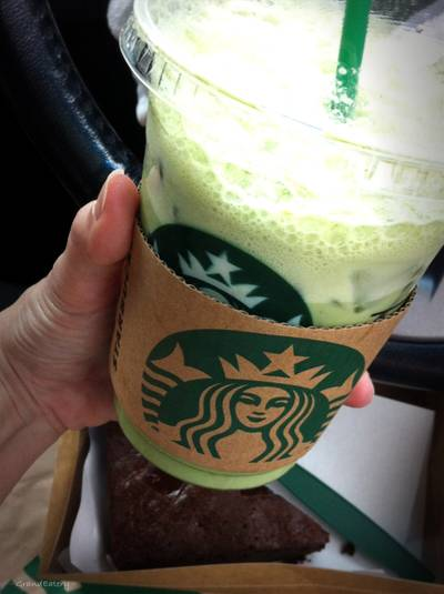 Iced Green Tea Latte ที่ ร้านอาหาร Starbucks The Scene Town In Town