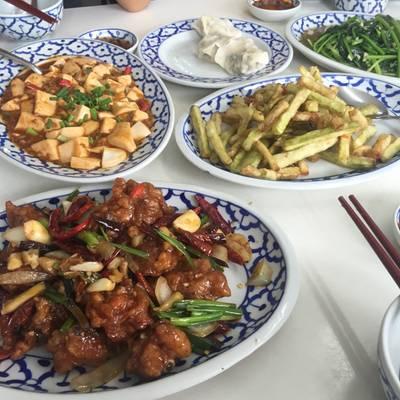 ภาพรวมความอร่อย ที่ ร้านอาหาร เกี๊ยวจีน (ภัตตาคารซันมูน)
