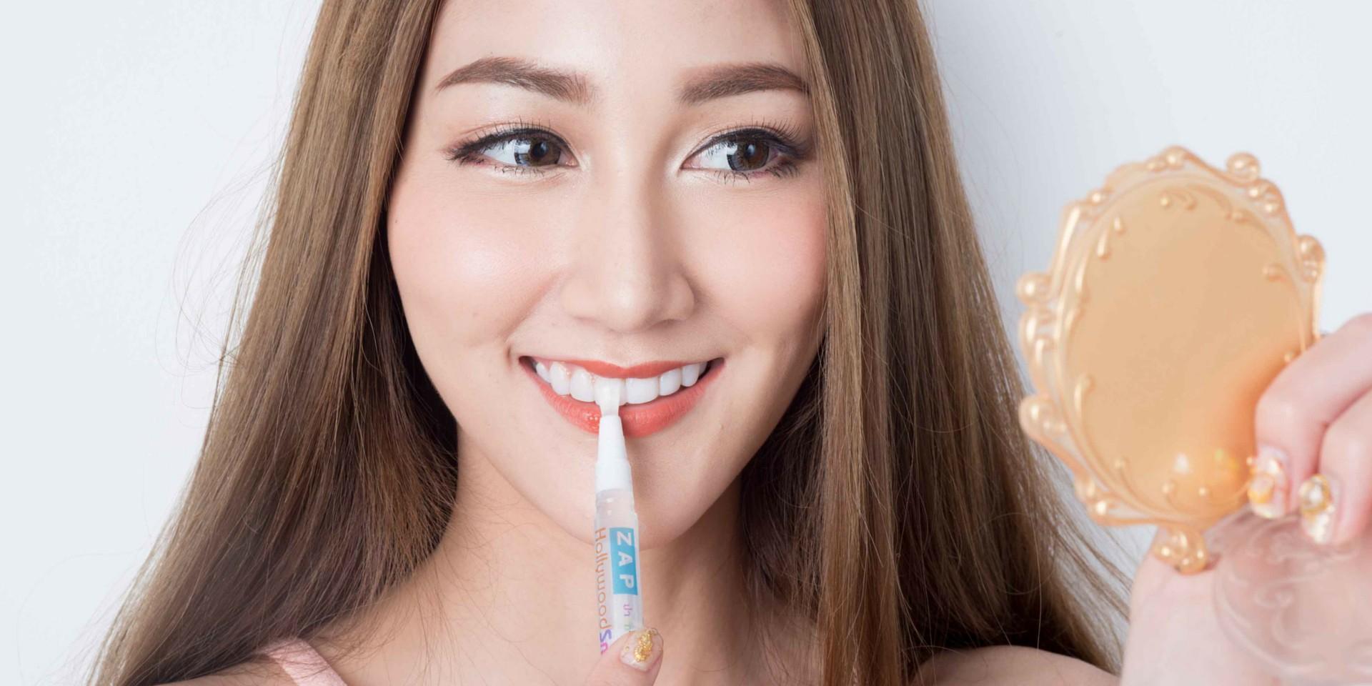 ฟอกฟันขาวเองได้ง่ายๆในราคาไม่ถึงพัน!