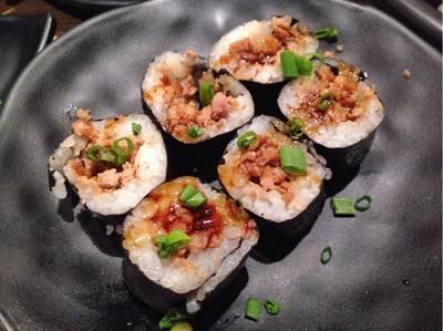 นิคุมากิ • รสชาติธรรมดา หาทานได้ทั่วไป ที่ ร้านอาหาร Tazu Shabu-Yaki La Villa Aree