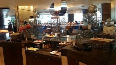 บรรยากาศร้าน • มุมเบเกอรี่ ที่ ร้านอาหาร Espresso โรงแรมอินเตอร์คอนติเนนตัล