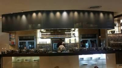 หน้าร้าน • โซนอาหารตะวันตก ที่ ร้านอาหาร Espresso โรงแรมอินเตอร์คอนติเนนตัล