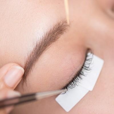 แพ็คเกจต่อขนตา Natural Soft Style สำหรับ 1 ท่าน จาก 2,000 บาท เหลือ 599 บาท