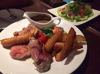 Mixed Grill • รวมหมู เนื้อ ไก่ ที่ ร้านอาหาร Mulligans Irish Bar