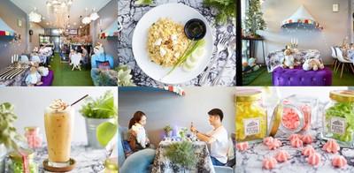 """คาเฟ่สุดน่ารัก คึกคักเวลานั่งเล่น ที่ """"Black ice Cafe"""" ชลบุรี"""
