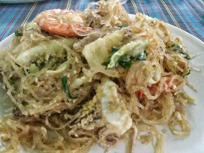 ผัดโป้ยเซียน ที่ ร้านอาหาร พวงเพชร