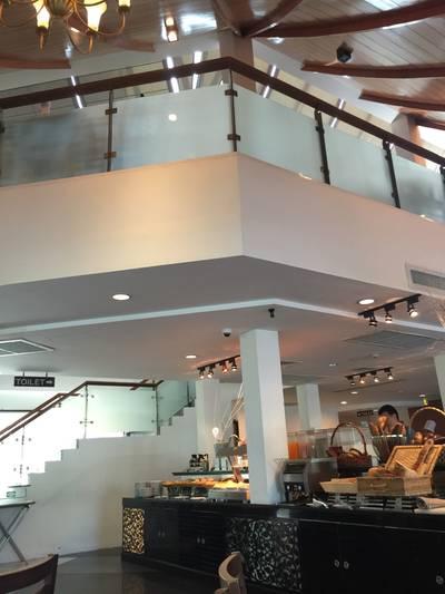 บรรยากาศร้าน ที่ ร้านอาหาร Sila Restaurant @ Bangsaen Heritage Hotel