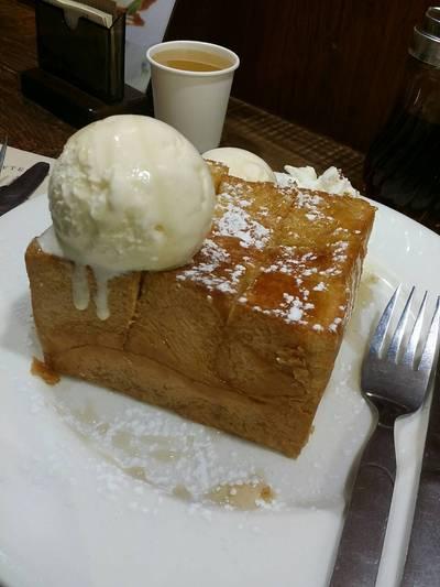 Shibuya Honey Toast ที่ ร้านอาหาร After You Dessert Cafe เจ อเวนิว