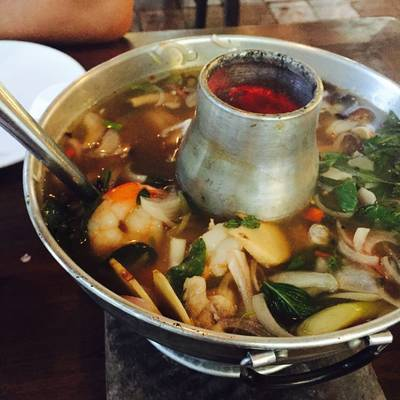 ร้านอาหาร ท่าจีนชมจันทร์
