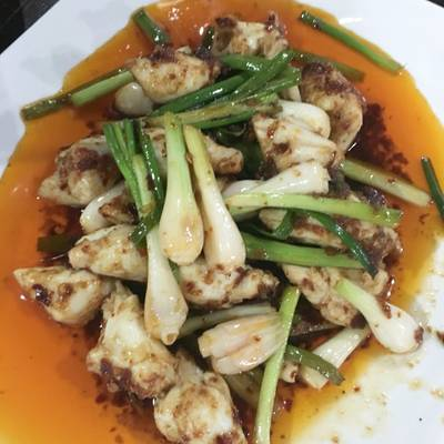 กรรเชียงปูผัดน้ำพริกเผา • เนื้อแน่น ที่ ร้านอาหาร ครัวธรรมชาติ กาญจนบุรี