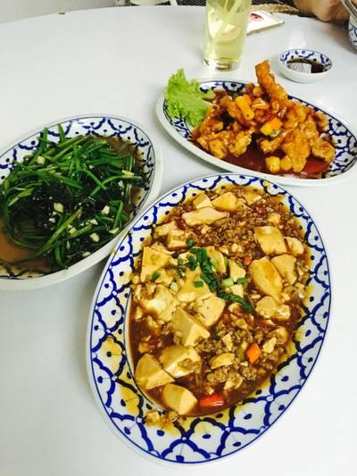 ดีทุกจาน ที่ ร้านอาหาร เกี๊ยวจีน (ภัตตาคารซันมูน)