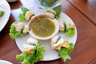พันหอม ที่ ร้านอาหาร Eat Viet นราธิวาสราชนครินทร์ 15