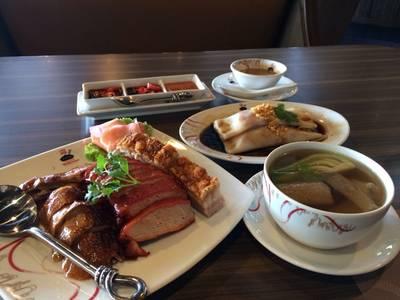 เป็ดย่างหมูกรอบหมูแดงเซ็ทนี้ดีงามอร่อย ที่ ร้านอาหาร Hong Kong Fisherman Restaurant Impact Hall 8