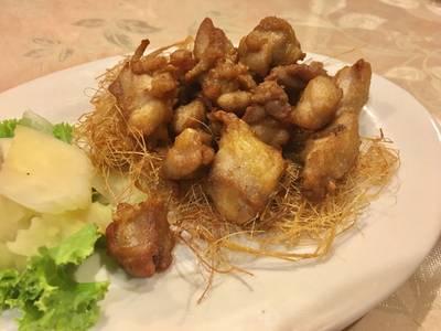 ไก่ตะไคร้ ที่ ร้านอาหาร สวนกุหลาบ พญาไท