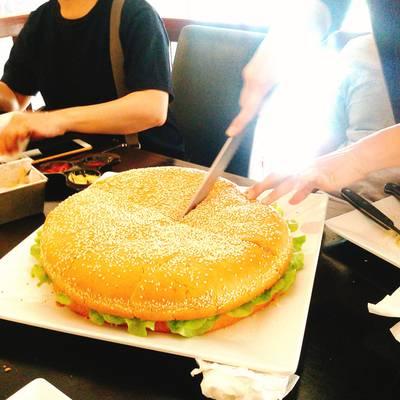 ร้านอาหาร XXL Kitchen Hua Hin 10