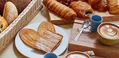 """เริ่มเช้าวันสดใจแบบเฮลตี้ๆ ที่ """"Love Bread"""" พร้อมขนมปังอบใหม่สดจากเตา"""
