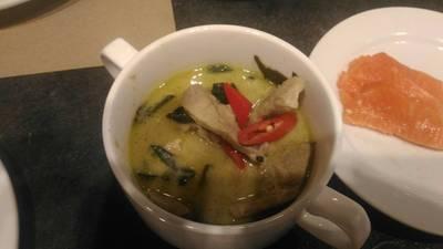 แกงเขียวหวานหมู ที่ ร้านอาหาร Gustoso International Buffet เซ็นทรัล เวิลด์